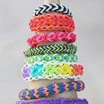 Rainbow-Loom-colourful-loom-band-bracelets-bag-Rubber-band-loom-refill-600-colour-bands-and-24-Clips-0-0