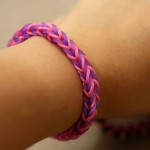 How To Make A Fishtail Bracelet Using Your Fingers - step 8b